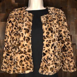 Leopard Faux Fur cropped 3/4 sleeve Jacket 🖤